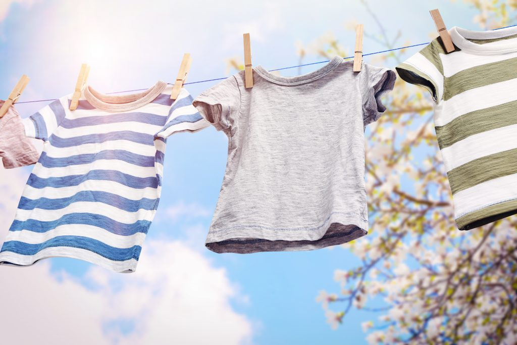 hanging washing rather than using washing machine how to be more eco-friendly at home